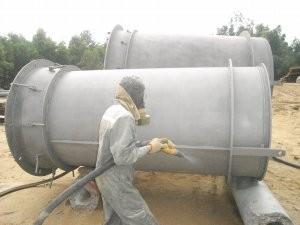 Dịch vụ phun cát ướt làm sạch các công trình ở xa ( không bụi, không gây ôi nhiễm môi trường)