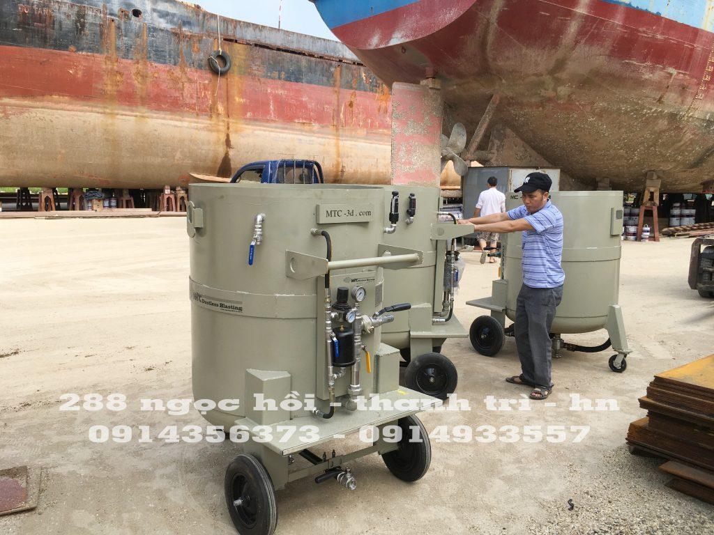 Bàn giao máy mc -1000 cho chủ tàu biển Hải Phòng